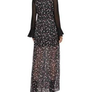 BCBGeneration Dresses - NWT WOMENS BCBGENERATION WILD FLOWERS MAXI DRESS
